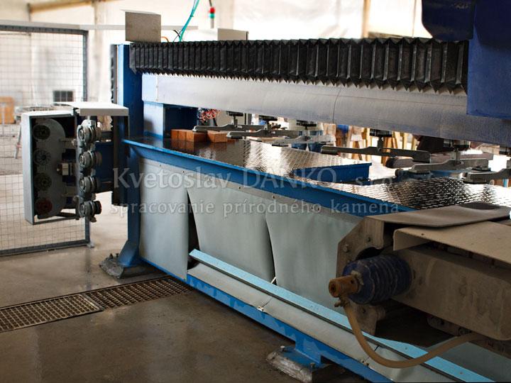 CNC hranová brúska
